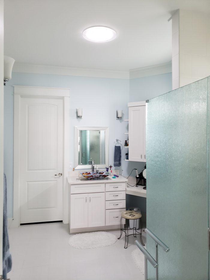 Bathroom Acorn 2